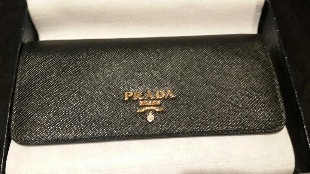 75b90e04 italy prada saffiano wallet with removable card case 21b95 c3a10